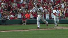 Holliday's walk-off wins series vs. Bucs