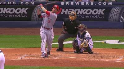 Votto backs Cingrani as Reds win fifth straight