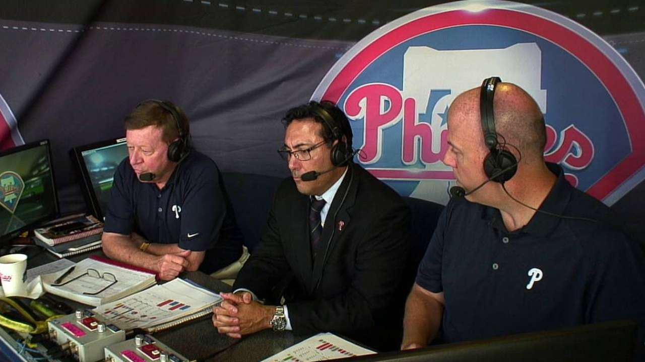 Manuel returning to Phils as adviser to Amaro