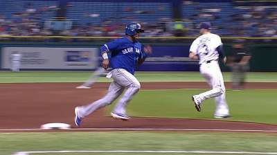 Blue Jays fall late in back-and-forth affair