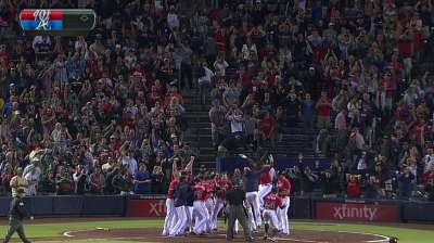 J-Up keeps Braves scorching hot with walk-off blast