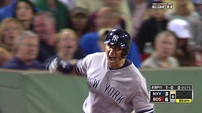 A-Rod takes center stage as Yanks top Sox