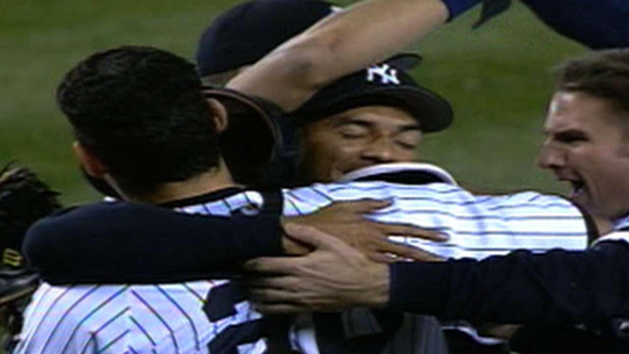 Yankees win 2000 ALCS