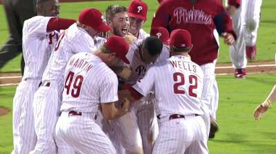 Phillies feeling walk-off fever against Rockies