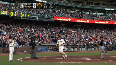 Giants sink Pirates behind four-run first