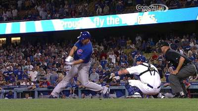 Cubs' bats light up too late against Greinke