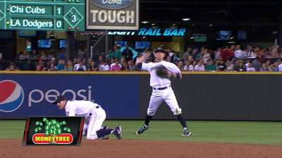 Mariners send shortstop Ryan to Yankees
