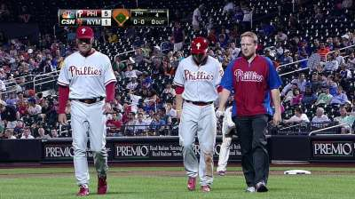 Phillies' Asche exits game with hamstring injury