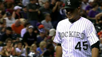 Chacin flirts with no-no as Rockies top Giants