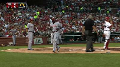 Reds leave St. Louis with sense of urgency