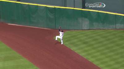 Astros consider changes to outfield configuration