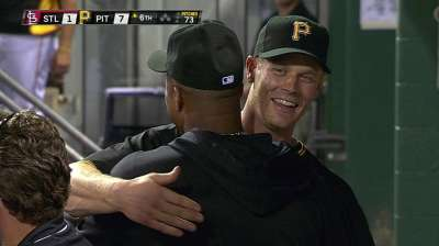 Morneau energized by atmosphere surrounding Bucs