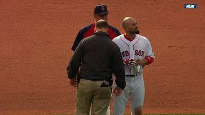 Victorino, Ellsbury back after exiting Sunday's game