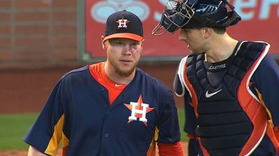 Oberholtzer dominates Mariners in first shutout