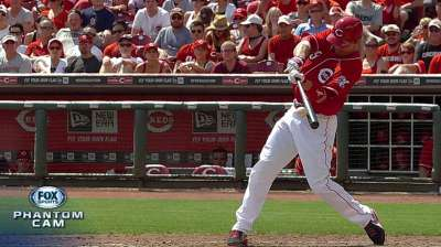 Votto not interested in resting during slump