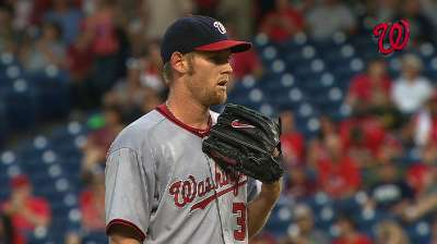 Stras dominant, but Clippard falters in loss to Phils