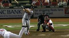 Adams' second homer in extras delivers clutch victory