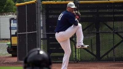 Leesman leads stellar 'pen in Glendale's shutout