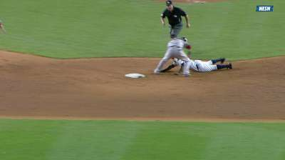 Soriano's baserunning gaffe proves costly