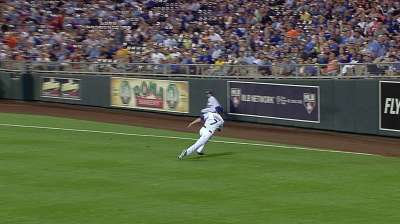Royals get roughed up by hot-hitting Tigers