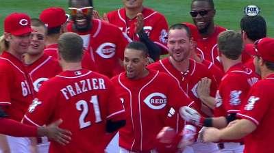 Frazier KO's Dodgers with walk-off single
