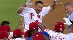 Galvis picks up Papelbon as Phils top Braves