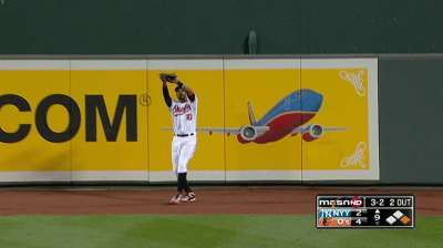 Orioles lograron imponerse a Yankees con pitcheo