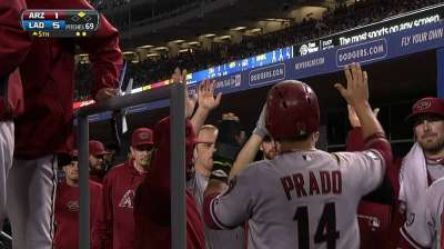 D-backs plagued by six Dodgers homers