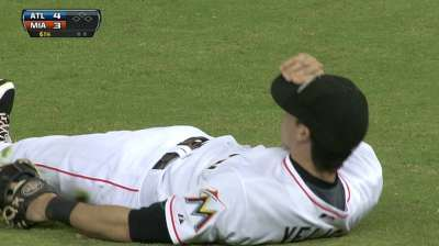 Yelich gets breather after tough night at plate