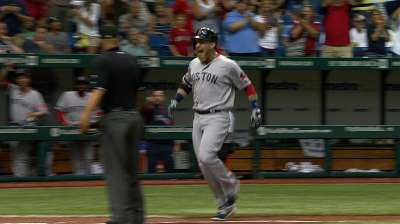 Pinch of magic: Carp's slam powers Sox