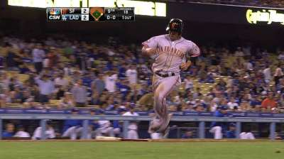 Giants rally late, but fall to Wilson and Dodgers in 10th