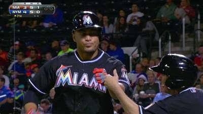 Marlins fall to Mets despite Stanton's two homers