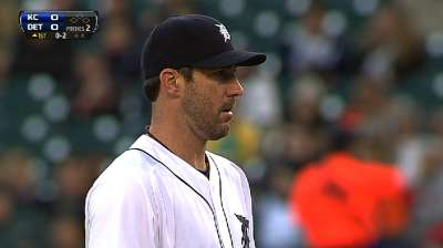 Verlander paces Tigers with magic No. at 10