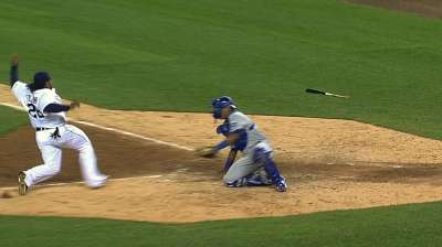 Royals still marveling at Perez's big play