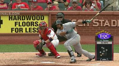 Mariners outmatched by Cards' offensive eruption