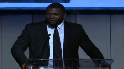 Ortiz's foundation holds inaugural event in Boston