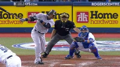 Yankees reaccionaron para imponerse a Azulejos