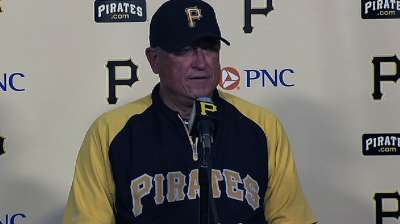 Hurdle takes moment to savor Pirates' situation