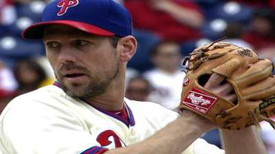 Phils fall to Mets after Sandberg named manager