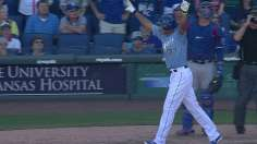 Maxwell's walk-off slam helps Royals keep pace