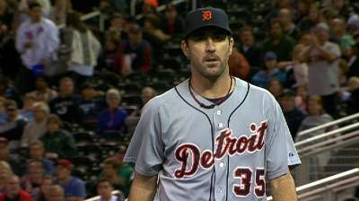 Tigers must wait to celebrate after Twins rally late