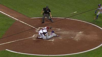 Leake, Reds unable to keep pace in NL Central