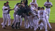 Braves walk off to maintain NL's best mark