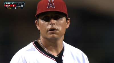 Vargas hits market, though Angels remain interested