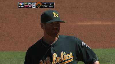 A's stymied by Weaver in chase for AL's top record