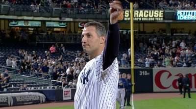 Yankees pay tribute to Pettitte on Wednesday