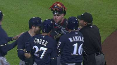 McCann stands up for Maholm, Braves