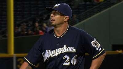 Lohse dominates Braves after fracas