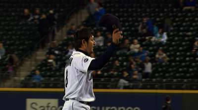 Iwakuma, Seager, Ibanez win 2013 club awards