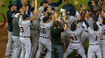 Pulse: Tigers sew up Central; AL Wild Card still wild